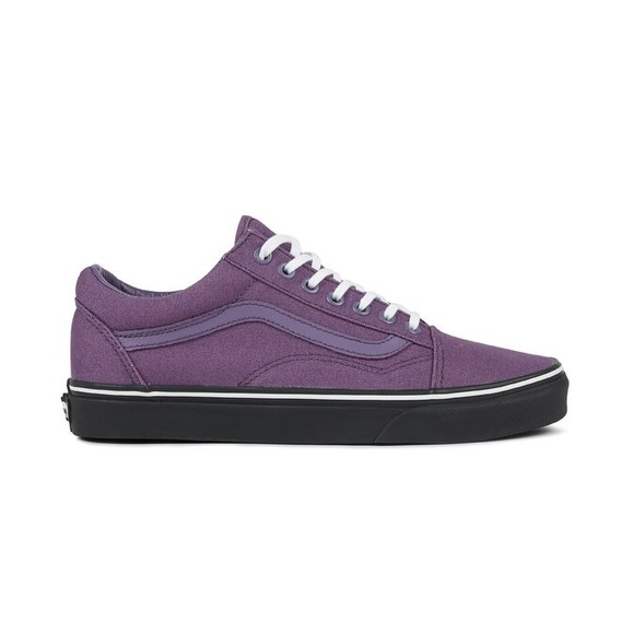 Vans Shoes - Vans Old Skool